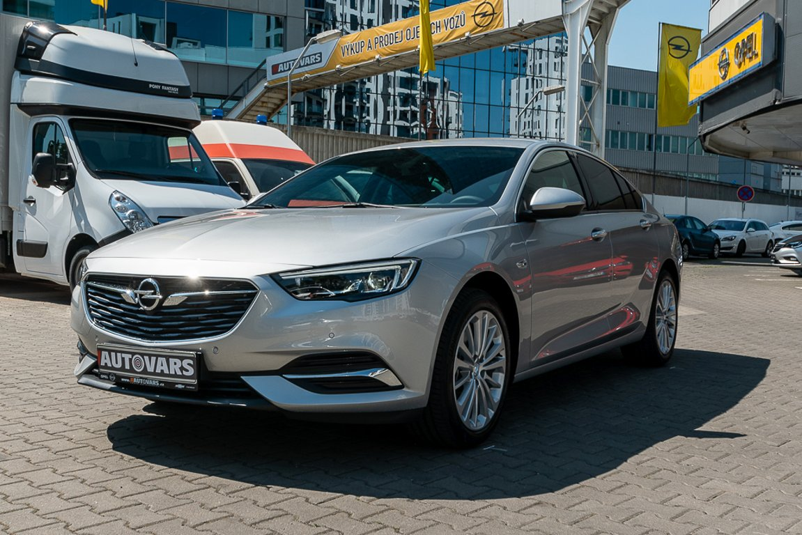 Autovars, a.s. | Fotografie vozu Opel Insignia GS Innovation 2,0CDTi AT8