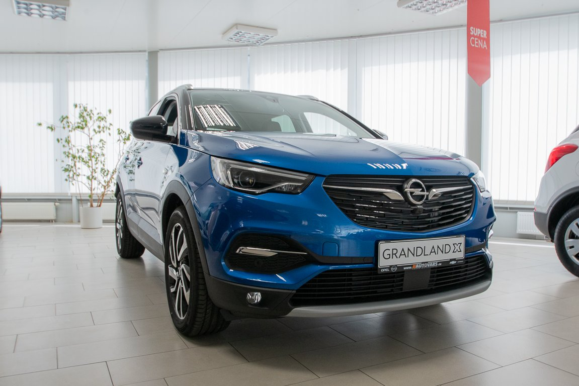 Opel Grandland X Ultimate 1,6T 133kW/180k AT8
